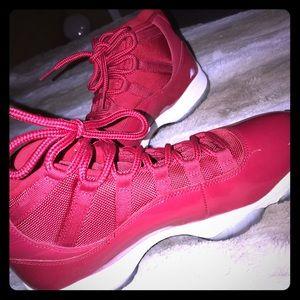 Red Jordan 11 Size 9 Mens